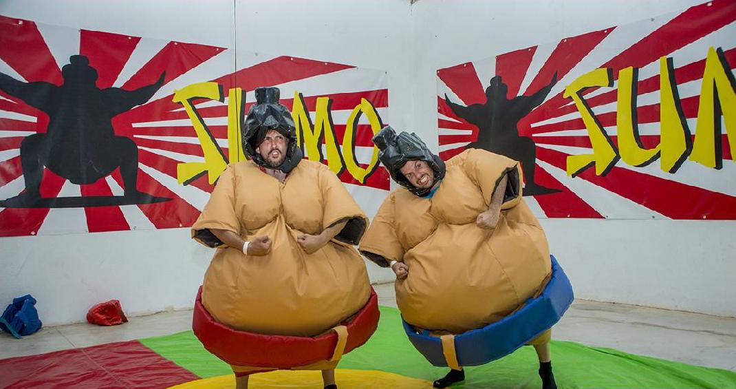 Humor amarillo sur lucha de sumo